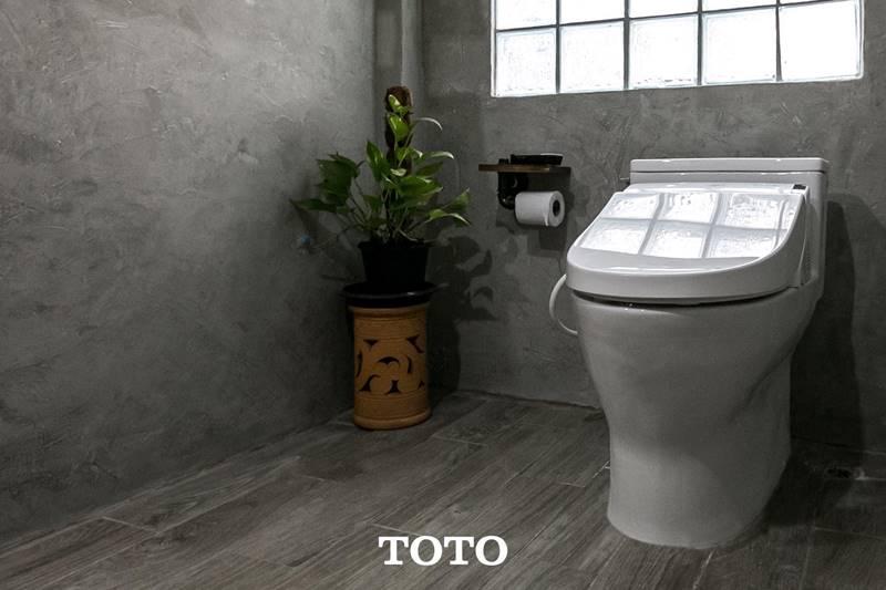 ห้องน้ำจาก คุณ เพ็ญพิชญา สายสมัยโชตน์