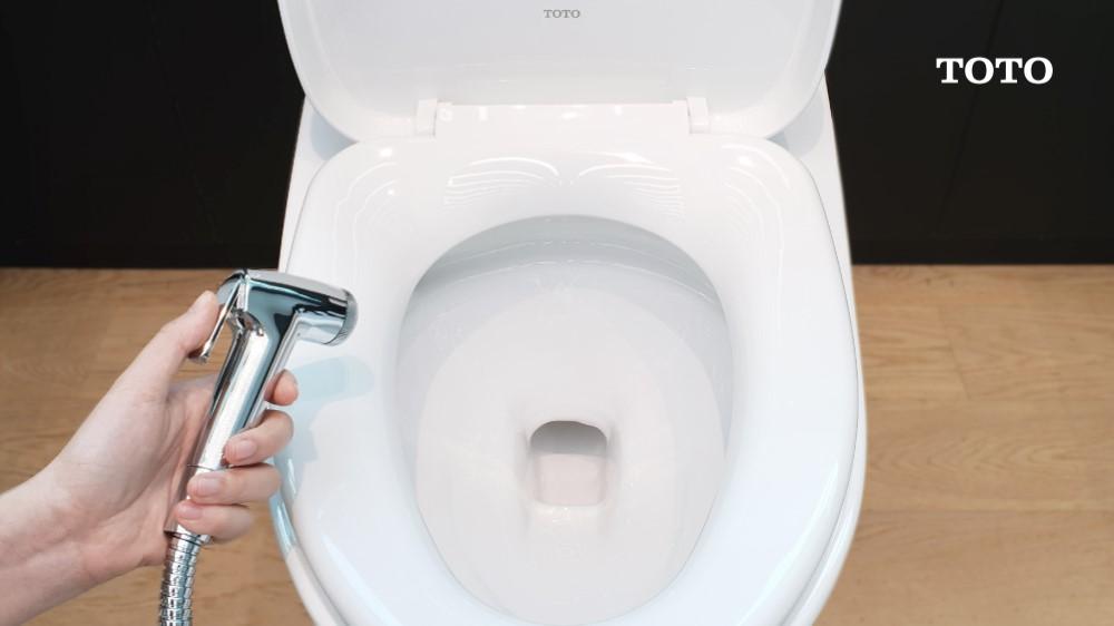 ประวัติการเกิดสายฉีดชำระและกระดาษทิชชู วัฒนธรรมการเข้าห้องน้ำของแต่ละชนชาติที่คุณอาจไม่เคยรู้ 4