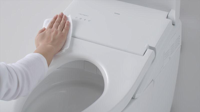 มีอุปกรณ์ทำความสะอาดห้องน้ำติดไว้เสมอ