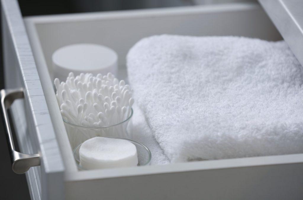 ภาพ: การเก็บของใช้ในห้องน้ำ